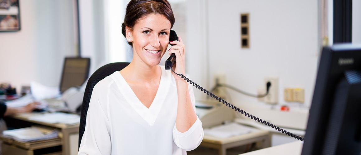 Kontakt Telefon oder E-Mail